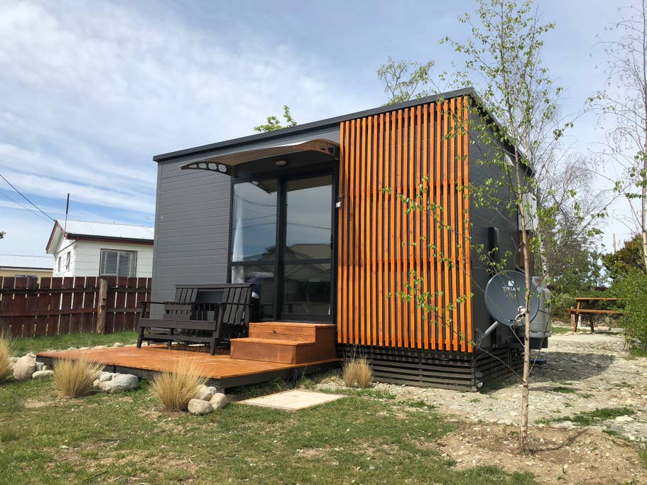 Transportable homes NZ supplied by HouseMe and used in a holiday park in Twizel